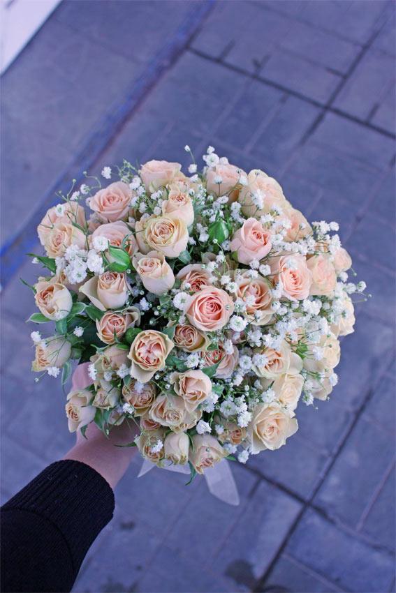 Букеты из хризантем и кустовых мелких роз — img 7